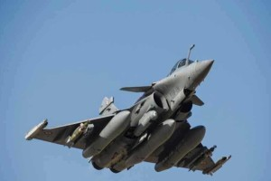 Αεροσκάφη της γαλλικής πολεμικής αεροπορίας πετούν από το πρωί πάνω από την Κύπρο!