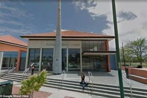 Σοκ στην Αυστραλία: Καθηγήτρια κατηγορείται ότι είχε δεσμό με 2 ανήλικες μαθήτριές της!