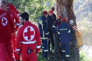 Τραγωδία στο Ξυλόκαστρο: Φρουρούμενος νοσηλεύεται ο μοναδικός επιζών! - «Δύο φορές έφτασα στο θάνατο»