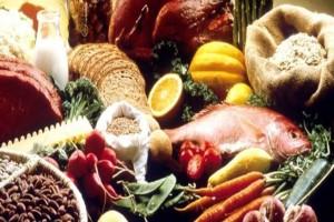 Προσοχή: 8+1 τροφές που δεν πρέπει να τρώμε ωμές!
