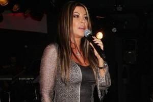Άντζελα Δημητρίου: Το μεγάλο παράπονο της τραγουδίστριας και η συγκίνηση! (Video)