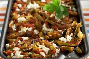 Μπάμιες με γαρίδες σε σάλτσα ντομάτας!