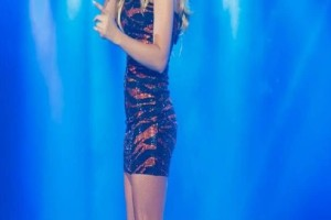 Baby boom στην ελληνική showbiz! - Γνωστή τραγουδίστρια περιμένει δίδυμα!
