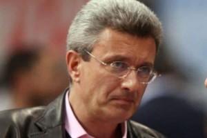 Παλάτι με... ρόδες: Ο Νίκος Χατζηνικολάου αγόρασε καινούργιο αυτοκίνητο που... σοκάρει!