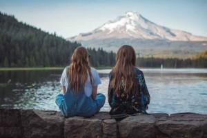 Πόσο δύσκολο είναι οι άνθρωποι να χαίρονται χωρίς φθόνο με τη χαρά των φίλων τους;