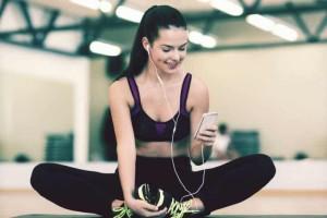 Όταν κάνεις γυμναστική ακούς μουσική; Αυτή είναι η απόλυτη playlist για γυμναστική!