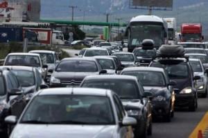 Πασχαλινή έξοδος: Μεγάλη κίνηση σε λιμάνια, ΚΤΕΛ και Εθνικές οδούς