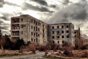 """Το στοιχειωμένο Σανατόριο της Πάρνηθας: Τα ανεξήγητα φαινόμενα και το """"πάρκο των ψυχών"""" στην Αθήνα!"""