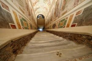 Βατικανό: Αποκαλύπτει την «Ιερή Σκάλα» του για πρώτη φορά μετά από 300 χρόνια!