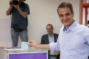 """Κυριακός Μητσοτάκης: """" Η Ελλάδα μίλησε.. ο Τσίπρας πρέπει να παραιτηθεί!"""""""