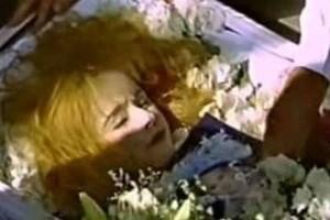 Ανατριχιαστικό: Το τελευταίο πράγμα που έκανε η Αλίκη Βουγιουκλάκη πριν τον θάνατο!