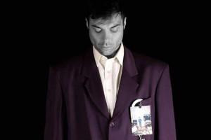 """""""Ησυχία"""" ένας μονόλογος του Γιάννη Κωσταρά στο θέατρο Μπέλλος"""