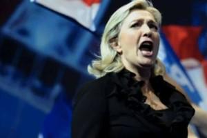 Τρόμος στη Γαλλία: Προβάδισμα στη Μαρί Λεπέν δίνουν τα  exit poll!