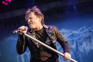 Έρχεται στην Αθήνα ο τραγουδιστής των Iron Maiden!