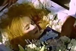 """""""Τον τάφο της τον έχουμε"""": Ανατριχιαστική αποκάλυψη για την νεκρή Αλίκη Βουγιουκλάκη!"""