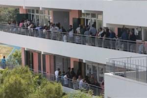 Εκλογές 2019: Οι ψήφοι της τελευταίας στιγμής! Ουρές σε Γλυφάδα και Παλαιό Φάληρο!