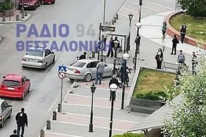 Θεσσαλονίκη: Αιματηρό τροχαίο ατύχημα με  Ι.Χ, υπάρχει τραυματίας!