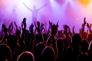 Ποιές συναυλίες θα δούμε απόψε;