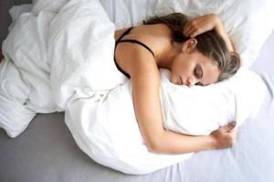 17+1 βλαβερές συνήθειες ύπνου που πρέπει να σταματήσετε αμέσως!