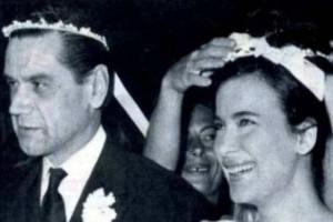 Όταν η Τζένη Καρέζη ήταν ευτυχισμένη με τον Χατζηφωτίου στην Ύδρα!