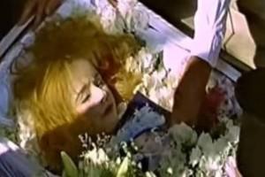 Η Αλίκη Βουγιουκλάκη ζωντανή: Φωτογραφία ντοκουμέντο