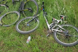 Σοβαρό τροχαίο στην Πτολεμαΐδα: Οδηγός παρέσυρε 6 ποδηλάτες!