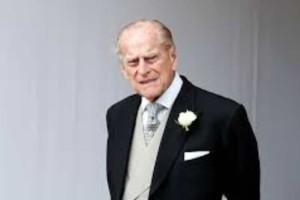 """Η """"τρελή"""" μητέρα του Πρίγκιπα Φίλιππου: Το μυστικό που τον βαραίνει ακόμα και σήμερα!"""