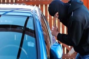 Κηφισιά: 36χρονος είχε ανοίξει τουλάχιστον 15 αυτοκίνητα!