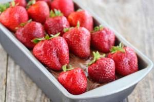 Γλυκό ψυγείου με φράουλες και Nutella χωρίς ψήσιμο!