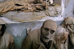 Τα 6 πιο ανατριχιαστικά νεκροταφεία του κόσμου...
