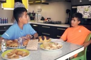 Ημιμαραθώνιος Κρήτης: Νέο σποτ με πρωταγωνιστές τον Αλέξη και τον Κυριάκο!