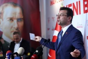 Κωνσταντινούπολη: Σε αναμμένα κάρβουνα ο Ερτογάν! Προβάδισμα στον Ιμάμογλου!