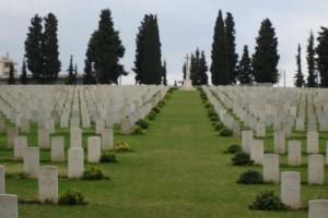 Ο φόβος, το νεκροταφείο και η ταφόπλακα..το ανέκδοτο της ημέρας (26/6/19)!