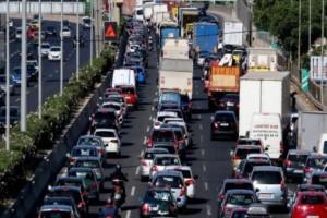 Κίνηση στους δρόμους: Ακινητοποιημένα τα οχήματα στην Κηφισίας!