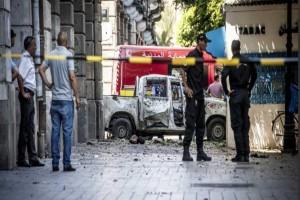 Τυνησία:  20 τραυματίες - Στη βομβιστική επίθεση!