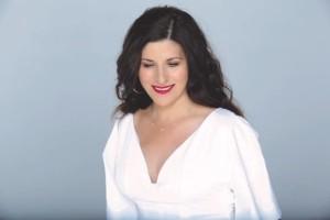 Στέλλα Κονιτοπούλου: Oι νέες κυκλοφορίες της!