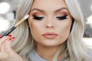 Tips για να φαίνεσαι πιο αδύνατη στο πρόσωπο μόνο με το μακιγιάζ!