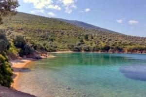 Το νησί χωρίς αυτοκίνητα που με 10 ευρώ τη μέρα κάνεις ονειρικές διακοπές!