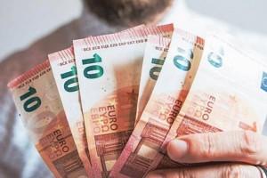 Βρέχει χρήματα: Αυτά είναι τα 4 επιδόματα που πληρώνονται μέχρι 26 Ιουλίου!