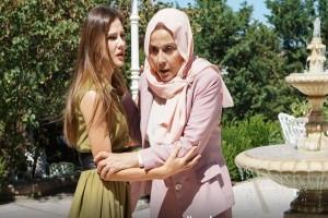 Κράτα μου το χέρι: Το μυστικό που παλεύει να κρατήσει η Σουμρού!