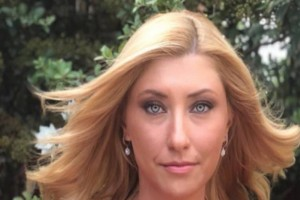 Σία Κοσιώνη: Χωρίς ίχνος μακιγιάζ μοιάζει για 20 χρονών!