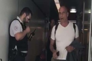 """Γιάνης Βαρουφάκης: """"Κατέθεσα μήνυση για το επεισόδιο με τον αστυνομικό!"""""""