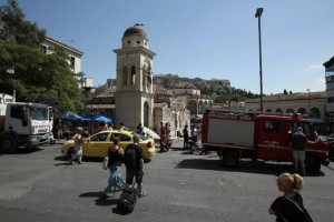 Η φωτογραφία της ημέρας: Άντεξε η Αθήνα στην επίσκεψη του ισχυρού σεισμού!