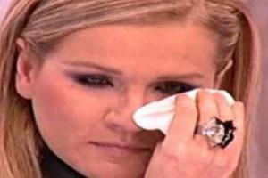 """Μπέσυ Μάλφα: """"Έχασα την παρθενιά μου από τον..."""""""