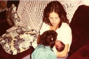 Δεν καταλάβαινα τις θυσίες της μάνας μου, που με μεγάλωσε μόνη της. Ώσπου έγινα γονιός…