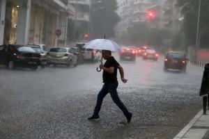 """Καιρός: Στη δίνη του """"Αντίνοου"""" η Ελλάδα τις επόμενες 36 ώρες!"""