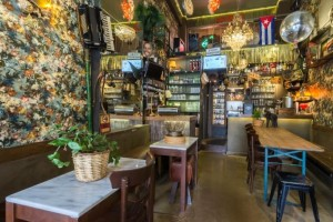 ΨΥΡΡΑ: Alternative μπαράκι για αυθεντικούς bar goers!