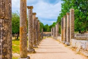 Αρχαία Ολυμπία: Λιποθυμούν από την ζέστη οι τουρίστες!
