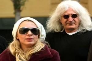 Τροχαίο ατύχημα για Αννίτα Πάνια και Νίκο Καρβέλα! Γιατί ήταν μαζί το πρώην ζευγάρι;