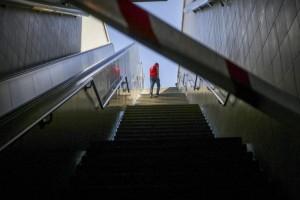 Κλειστοί σταθμοί του μετρό μετά το τηλεφώνημα για βόμβα!